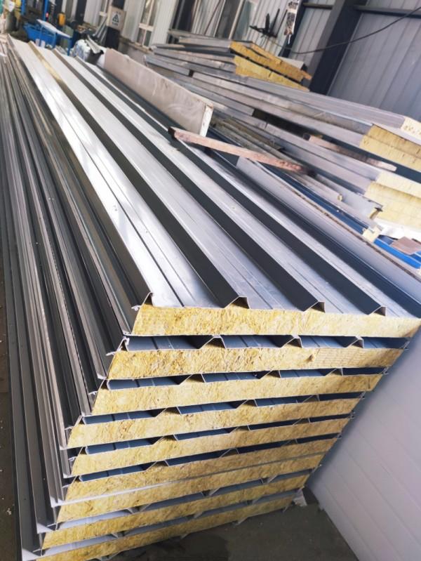 彩钢岩棉复合板2